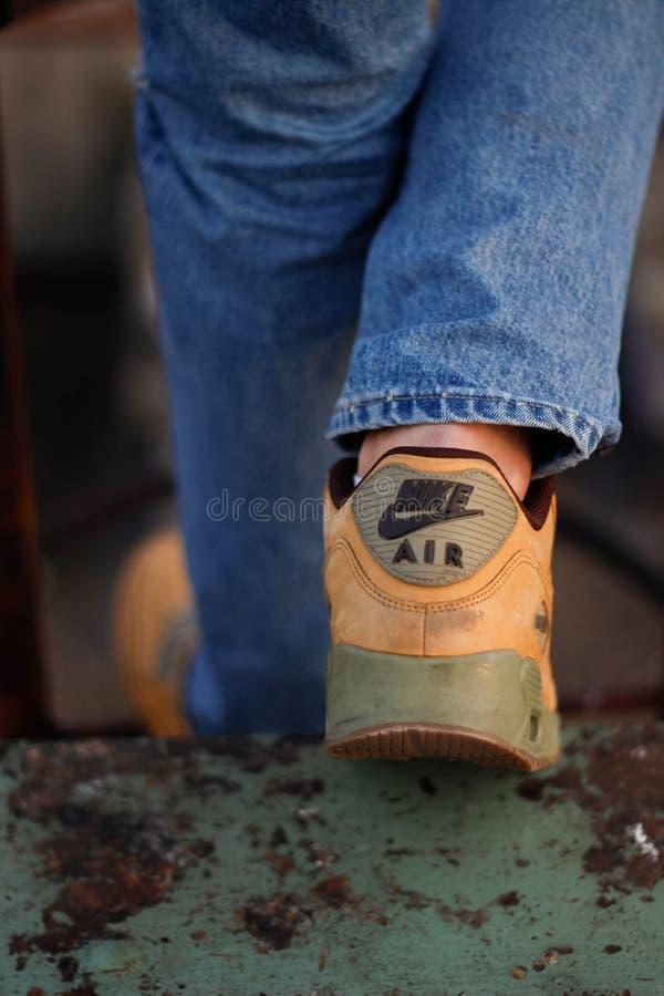 ` S di Nike Air Max 90 fotografia stock libera da diritti