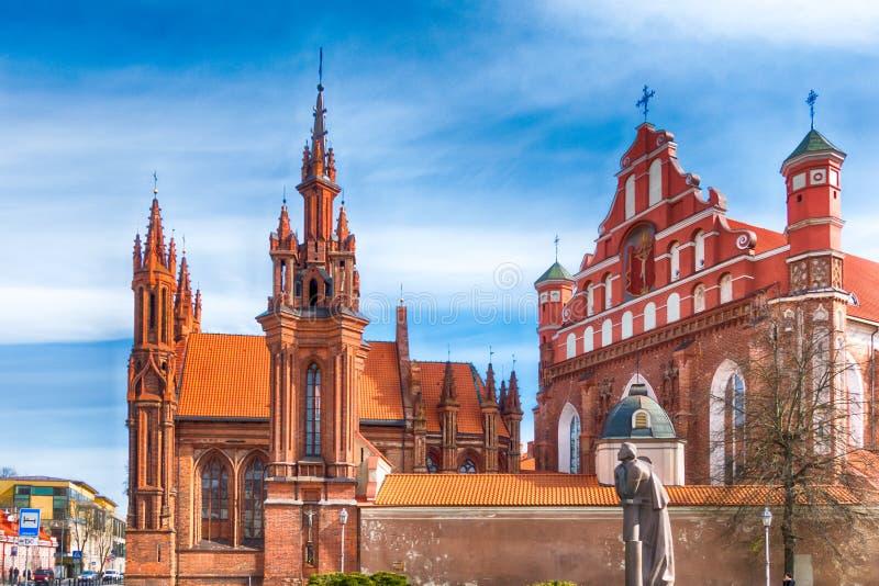 ` S di St Anne e chiese del ` s di Bernadine a Vilnius, Lituania fotografia stock