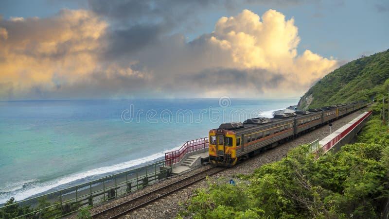 ` S di Taiwan la maggior parte di bella stazione ferroviaria, stazione di Taitung Doran immagine stock