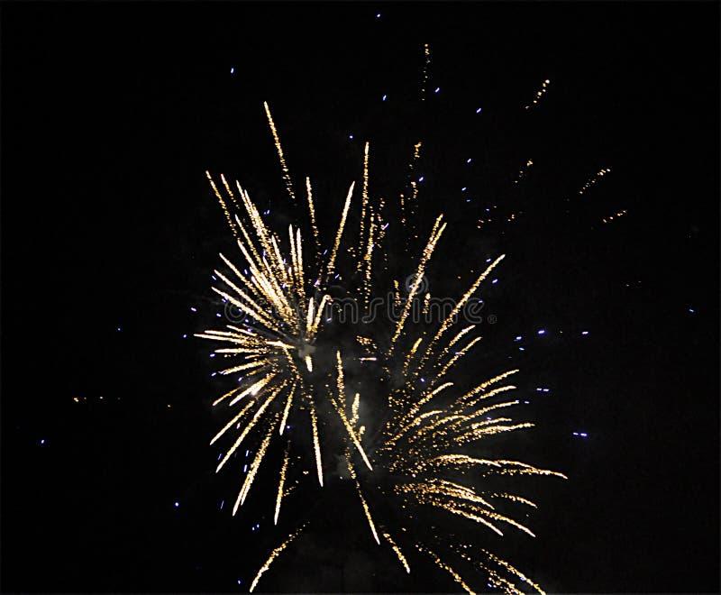 ` S Eve Fireworks del Año Nuevo imagen de archivo libre de regalías