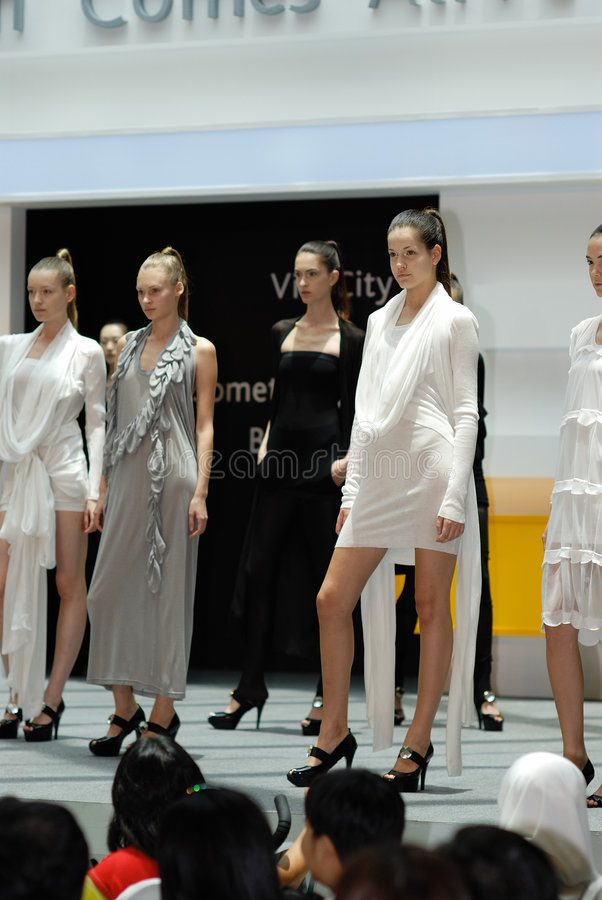 Download S'gpore Fashion Festival 2008 Editorial Photo - Image: 4744671