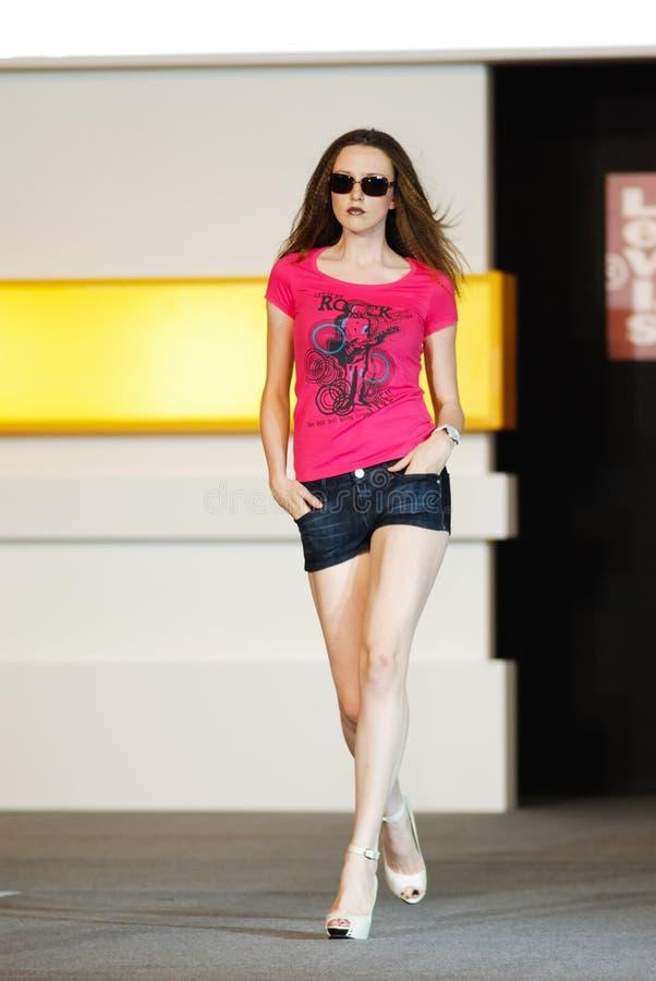 Download S'gpore Fashion Festival 2008 Editorial Photo - Image: 4744741