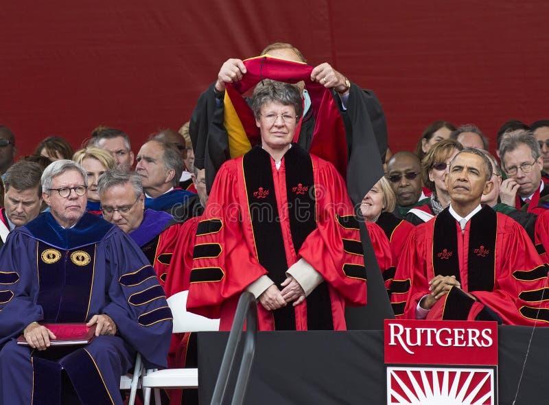 S Jocelyn колокол Burnell и Barack Obama присутствуют на 250th начале годовщины в университете Rutgers стоковое фото rf