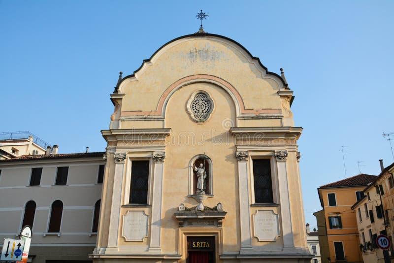 S Leonardo-kerk in Treviso en andere gebouwen royalty-vrije stock fotografie