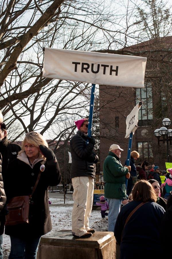 ` S março das mulheres de Ann Arbor Michigan 2018 fotografia de stock royalty free