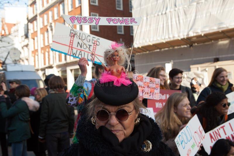 ` S março Londres das mulheres, 2016 imagem de stock