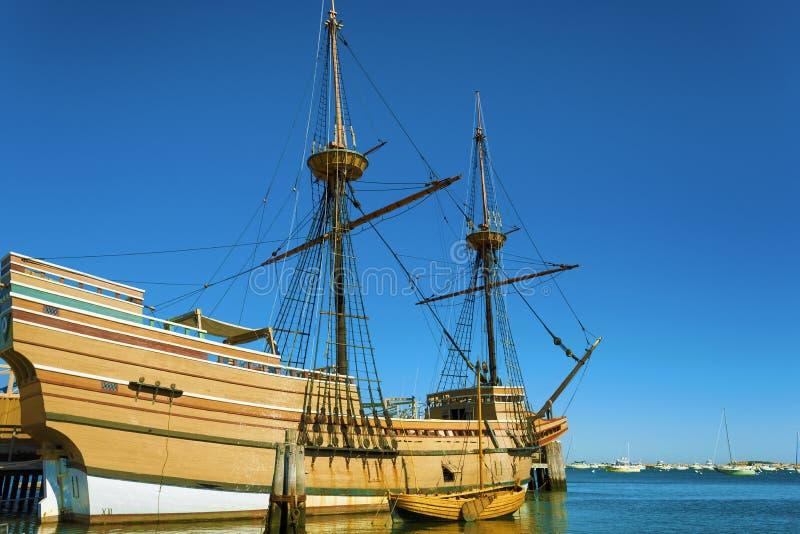 ` S Mayflower II Плимута на треске накидки стоковые изображения