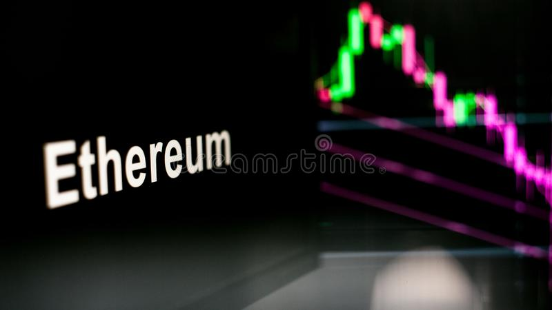 S?mbolo de Ethereum Cryptocurrency O comportamento das trocas do cryptocurrency, conceito Tecnologias financeiras modernas imagens de stock