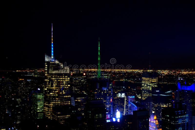 's nachts de stad van New York royalty-vrije stock afbeelding