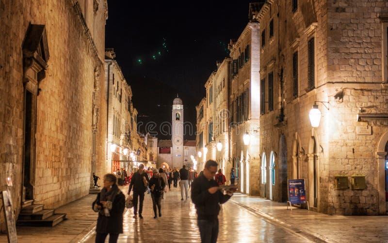 's nachts Dubrovnik royalty-vrije stock foto's