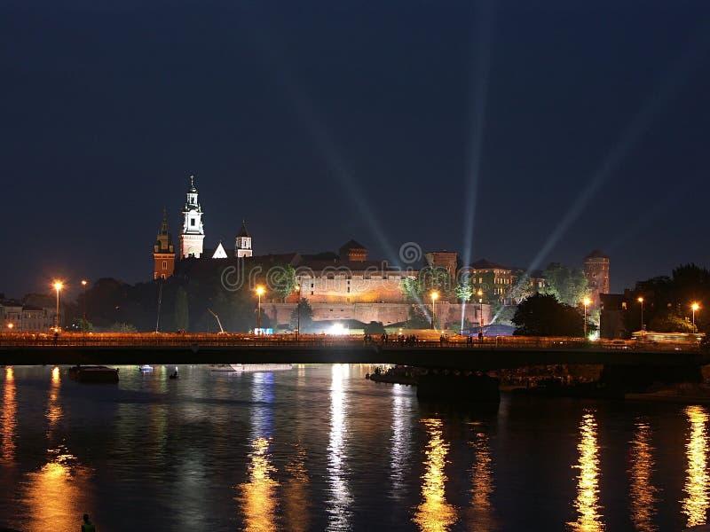 's nachts het kasteel van Wawel stock afbeelding