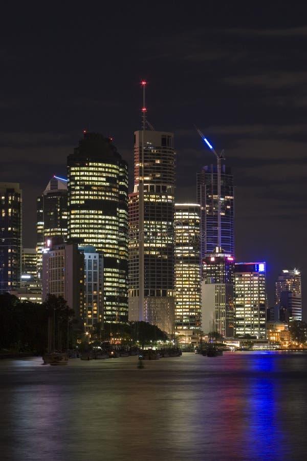 's nachts het landschap van Brisbane royalty-vrije stock fotografie