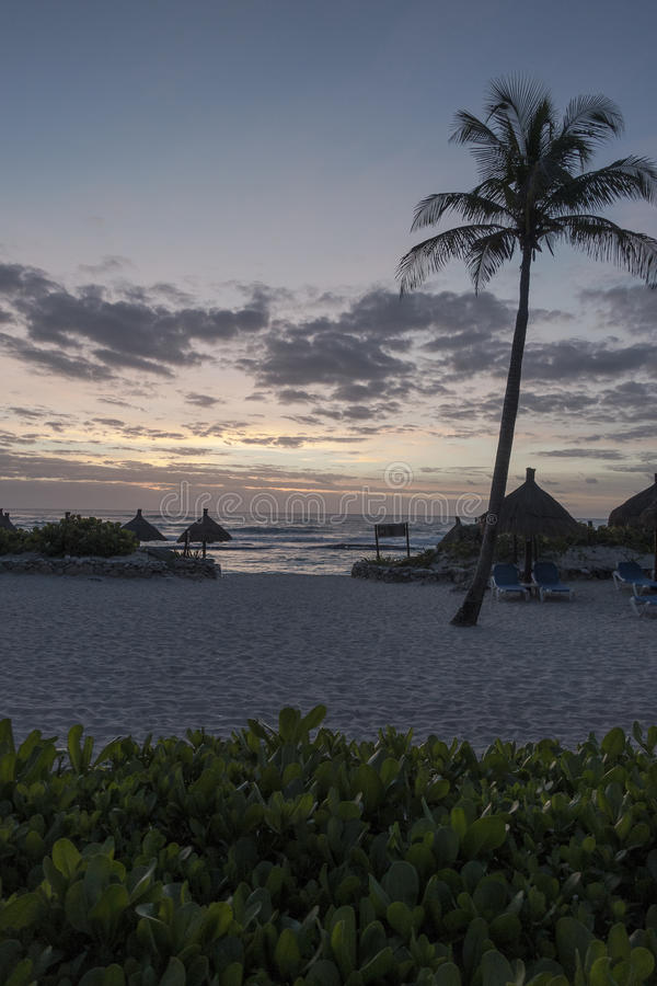 's nachts Maya Riviera Beach stock foto