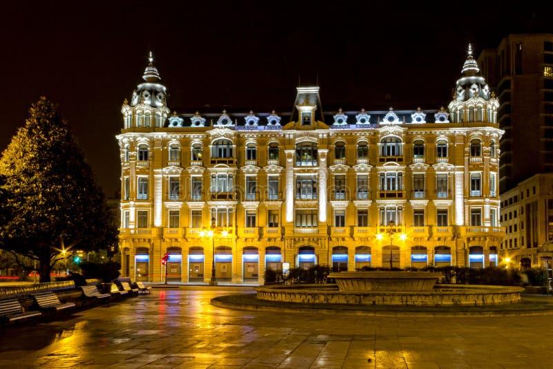 's nachts Oviedo royalty-vrije stock fotografie