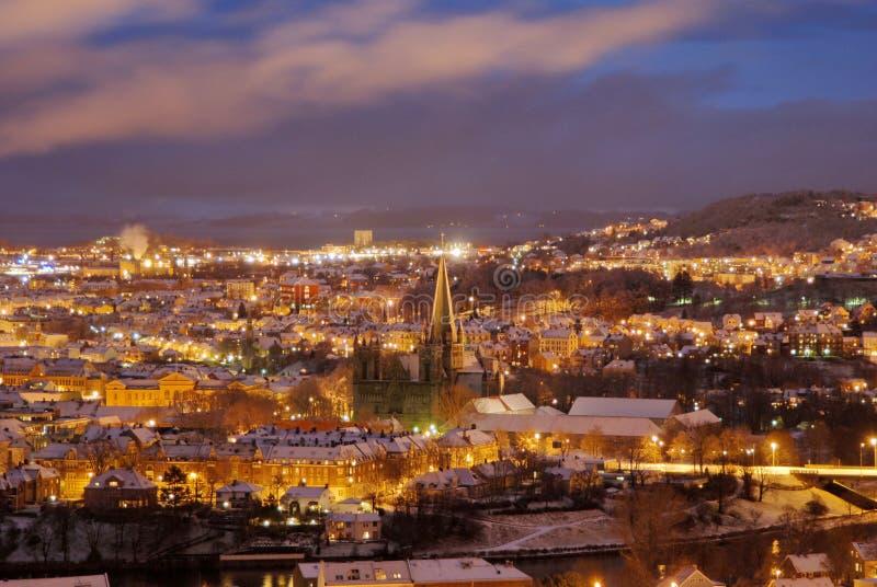 's nachts Trondheim stock fotografie