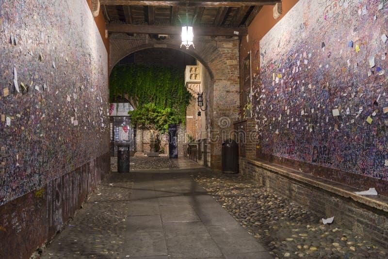 's nachts Verona royalty-vrije stock fotografie