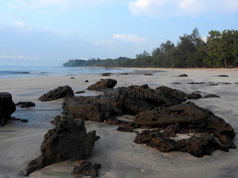 S?o?ce wzrost przy Batu Layar pla?? obraz stock