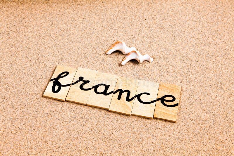 Download Słowa na piasku France ilustracji. Ilustracja złożonej z pojęcie - 53788036