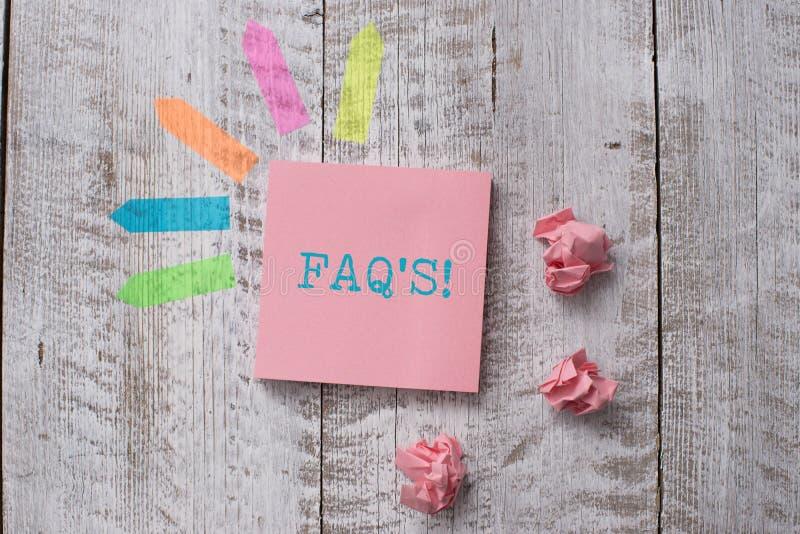S?owo pisze teksta Faq S Biznesowy pojęcie dla listy pytanie i odpowiedź związany z szczegółu tematu równiny notatką obrazy royalty free