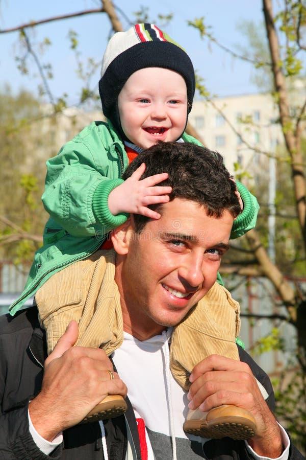 s ramiona ojca dziecka zdjęcie stock