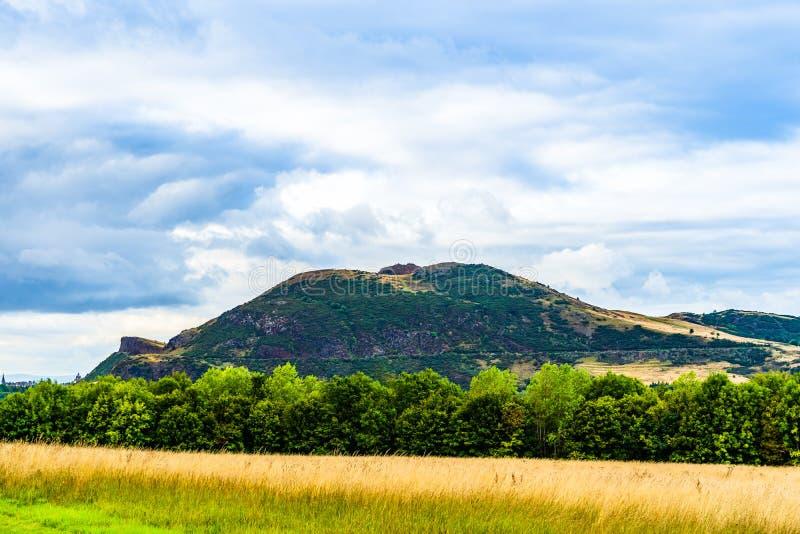 ` S Seat di Arthur a Edimburgo, Scozia fotografia stock libera da diritti