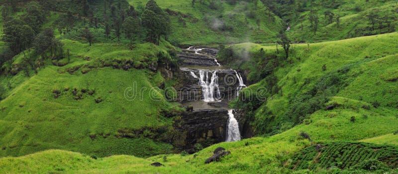 ` S St. Clair Fälle Breiteste Wasserfälle in Nuwara Eliya, Sri Lanka inspirierend Sommerlandschaft lizenzfreie stockbilder