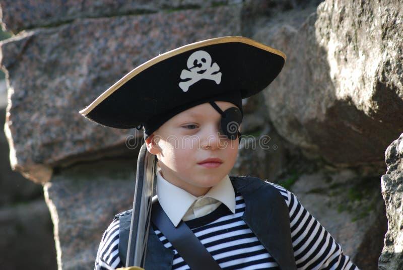 s'user de pirate de costume de garçon photos libres de droits
