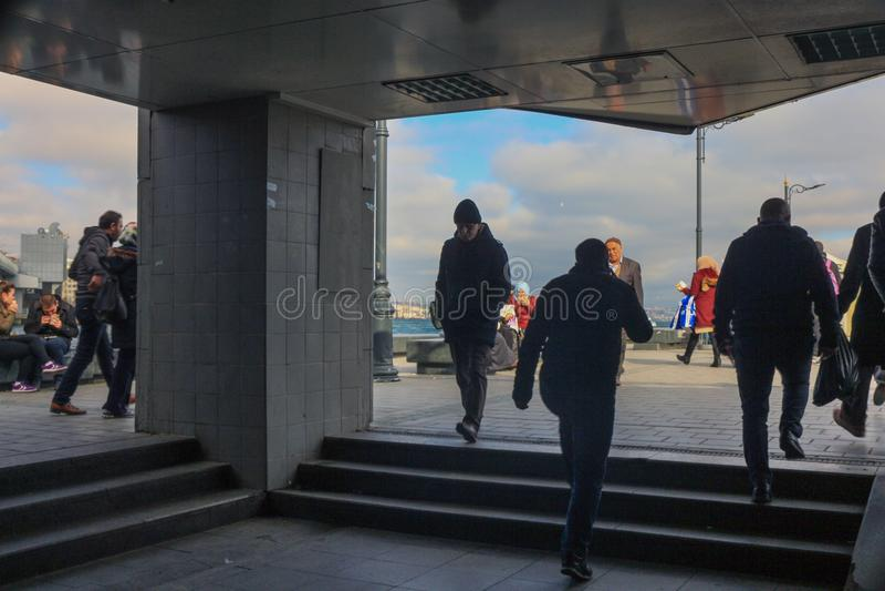 Saída Fatih Istanbul da passagem subterrânea de Eminonu imagem de stock royalty free