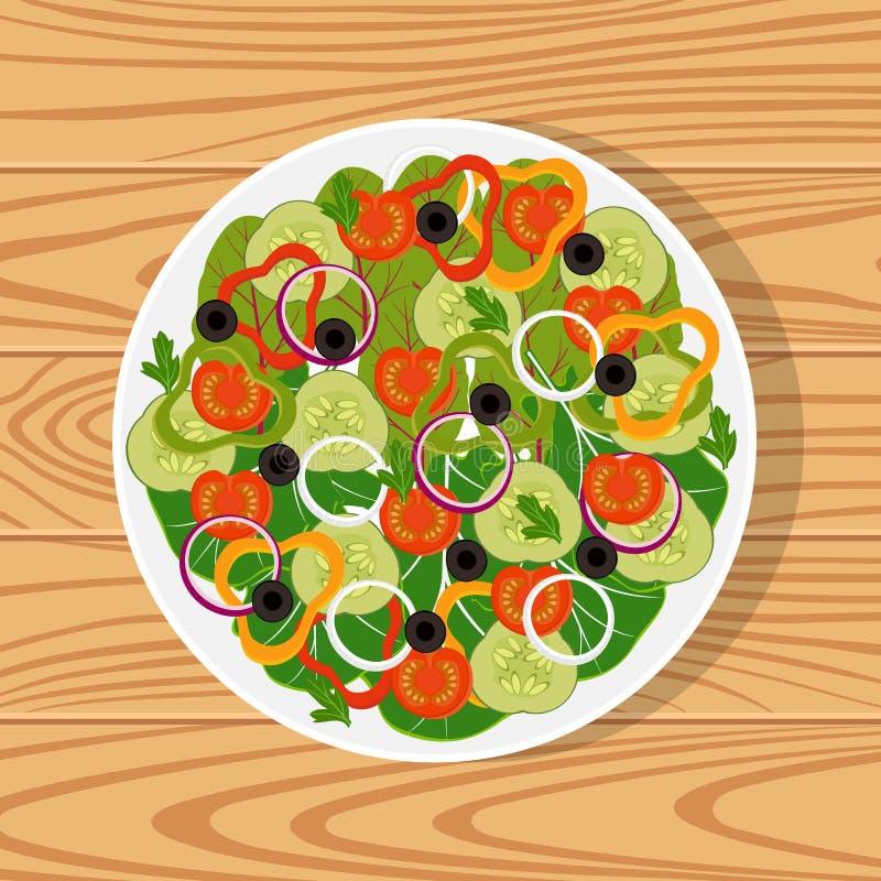 Sałatka z świeżymi warzywami w białym talerzu na drewnianej powierzchni Pomidory, ogórki, cebule, dzwonkowi pieprze, czarne oliwk ilustracji