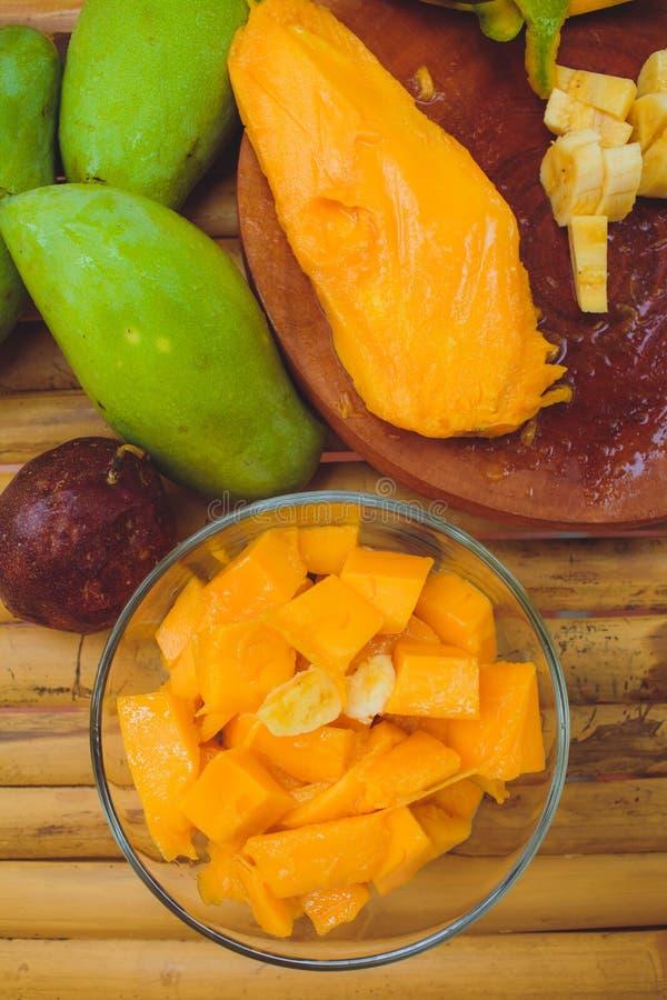 Sałatkowego mangowego melonowa bananowa pasyjna owoc fotografia royalty free
