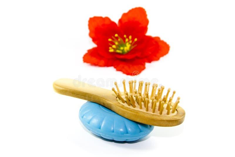 Sabão azul com escova da massagem foto de stock