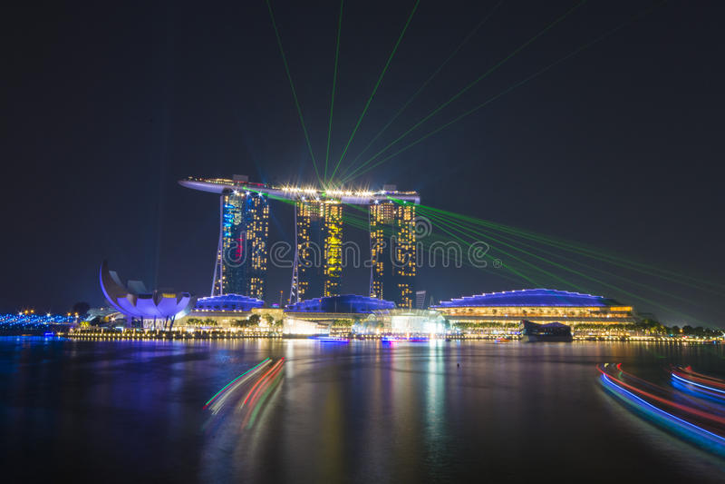 SABBIE DELLA BAIA DEL PORTICCIOLO, SINGAPORE 12 OTTOBRE 2015: bello laser SH fotografia stock libera da diritti