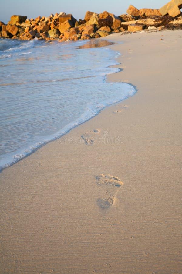 sable d'empreintes de pas images stock