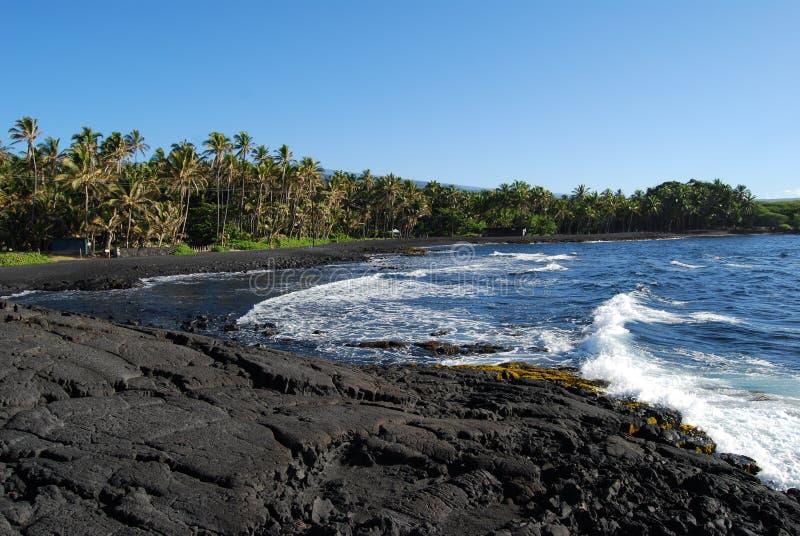 sable noir de plage images libres de droits