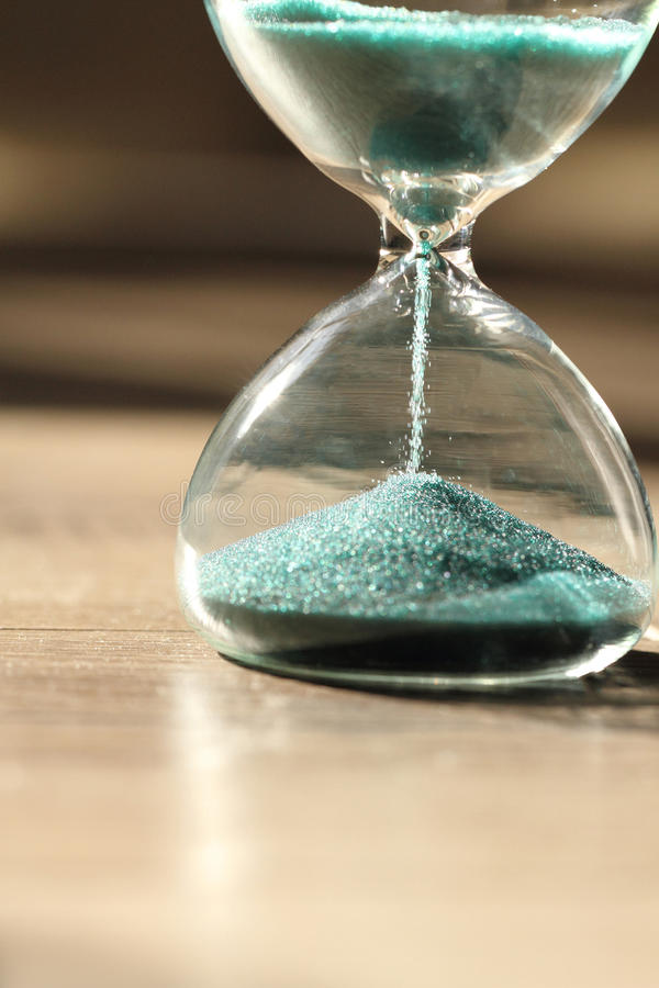 Sablier moderne Symbole de temps countdown photographie stock libre de droits