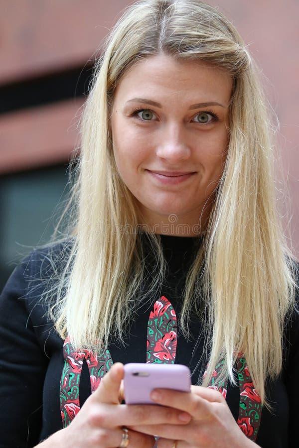 SABRE-Fechter, olympischer Meister Olha Kharlan stockfotografie