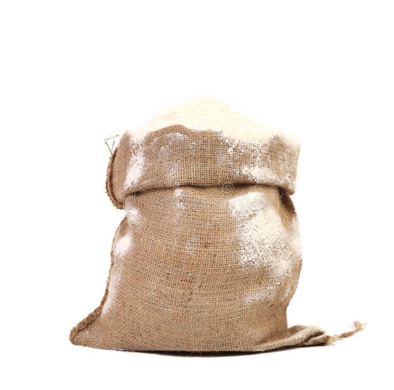 Sac avec la farine de blé. images libres de droits
