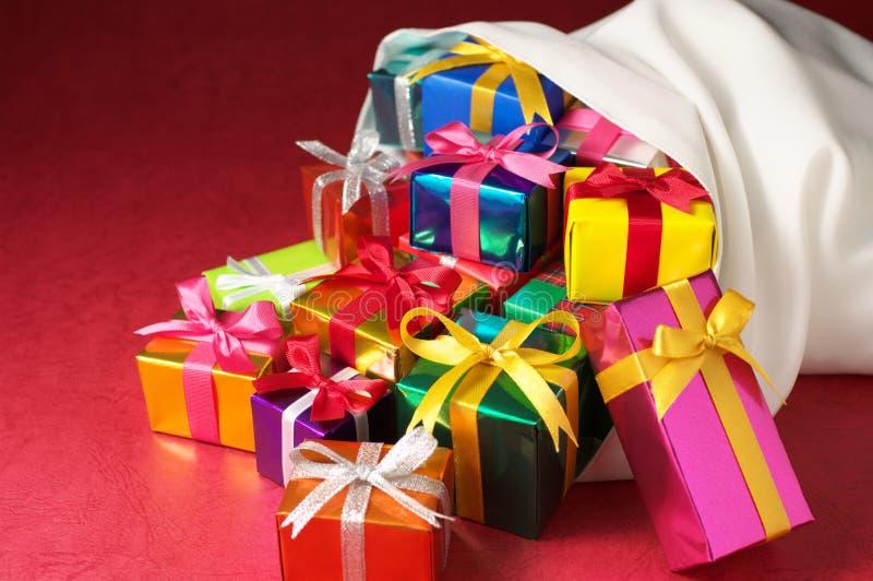 Sac de cadeaux de Noël. (horizontal) image libre de droits