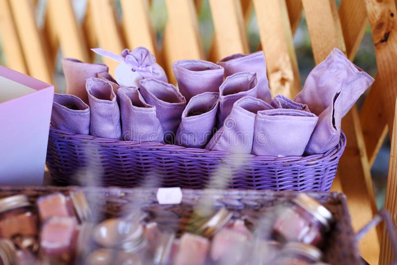 Sacchi di viola per lavanda fotografie stock libere da diritti