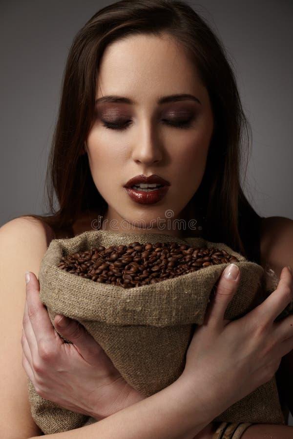 Sacco della tela da imballaggio di caffè immagini stock