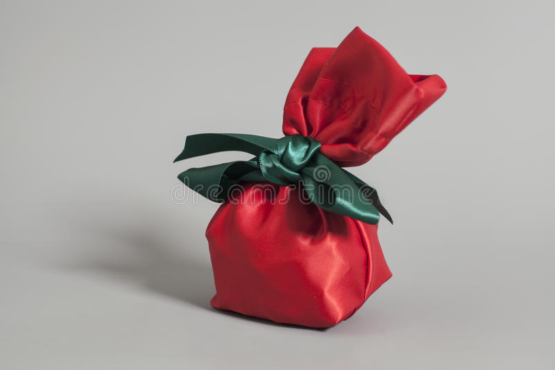Sacco rosso del regalo fotografie stock