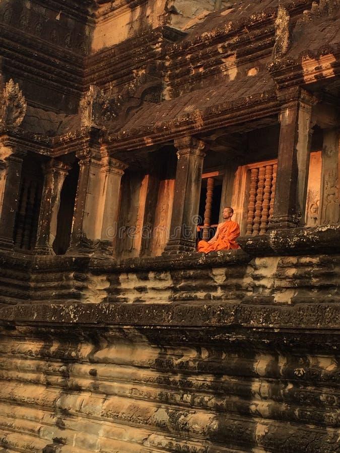 Sacerdote buddista immagine stock