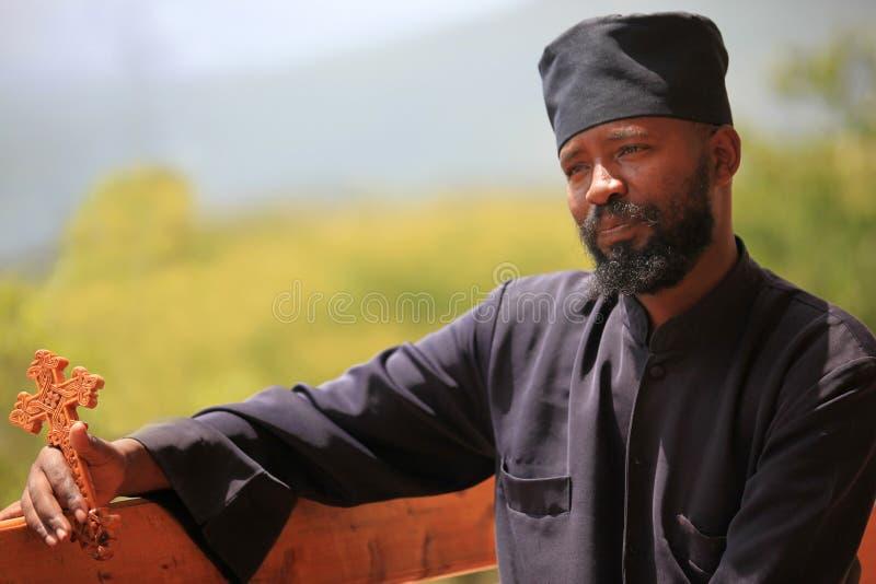 Sacerdote ortodoxo etíope, en Etiopía imagen de archivo libre de regalías