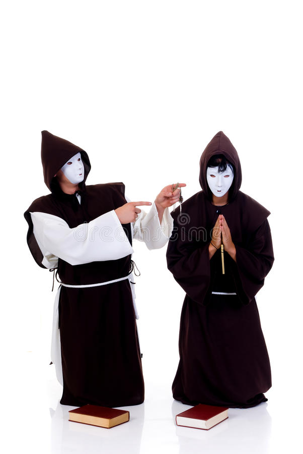 Sacerdotes de Víspera de Todos los Santos imagen de archivo