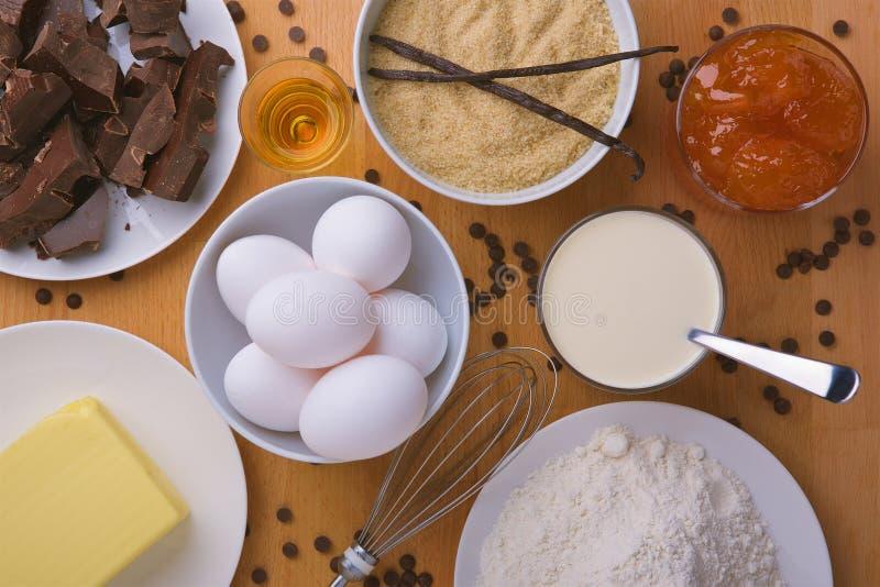 Sacher蛋糕成份顶视图 免版税库存照片