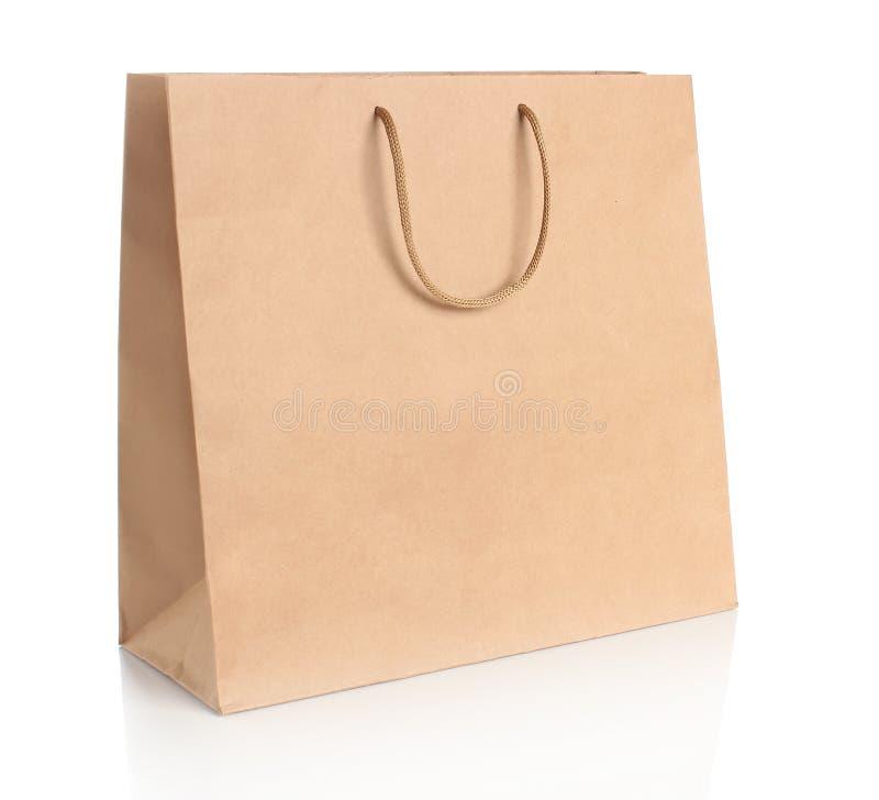 Saco de compras de papel com punhos imagens de stock