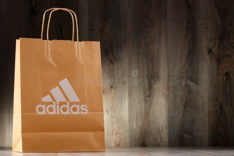 Download Saco De Compras Original Do Papel De Adidas Imagem Editorial - Imagem de editorial, varejo: 80101280