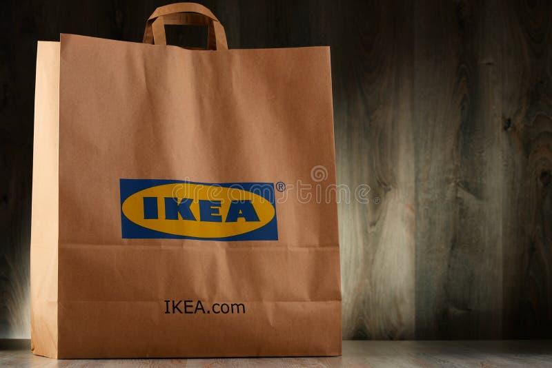 Download Saco De Compras Original Do Papel De IKEA Foto Editorial - Imagem de acessórios, vender: 80100041