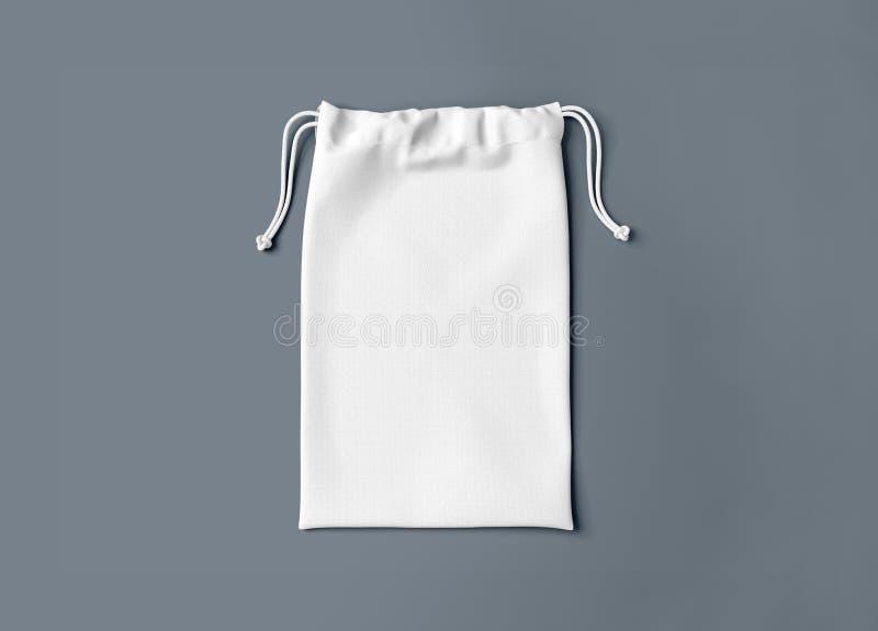 Saco de cordão isolado Saco pequeno do algodão da tela Malote no fundo imagens de stock