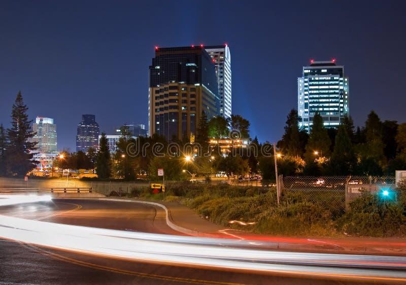 Sacramento bij nacht stock afbeelding